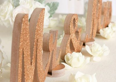 alluring-rose-gold-wedding-decor-2