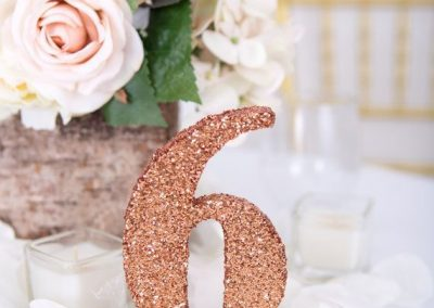 alluring-rose-gold-wedding-decor-9
